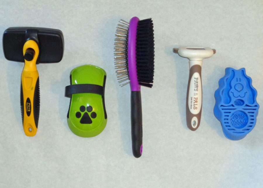 Best Dog Brush for Labradors Contenders