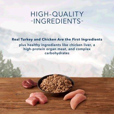 Blue Buffalo Wilderness Turkey & Chicken Grill Grain-Free Senior Canned Dog Food